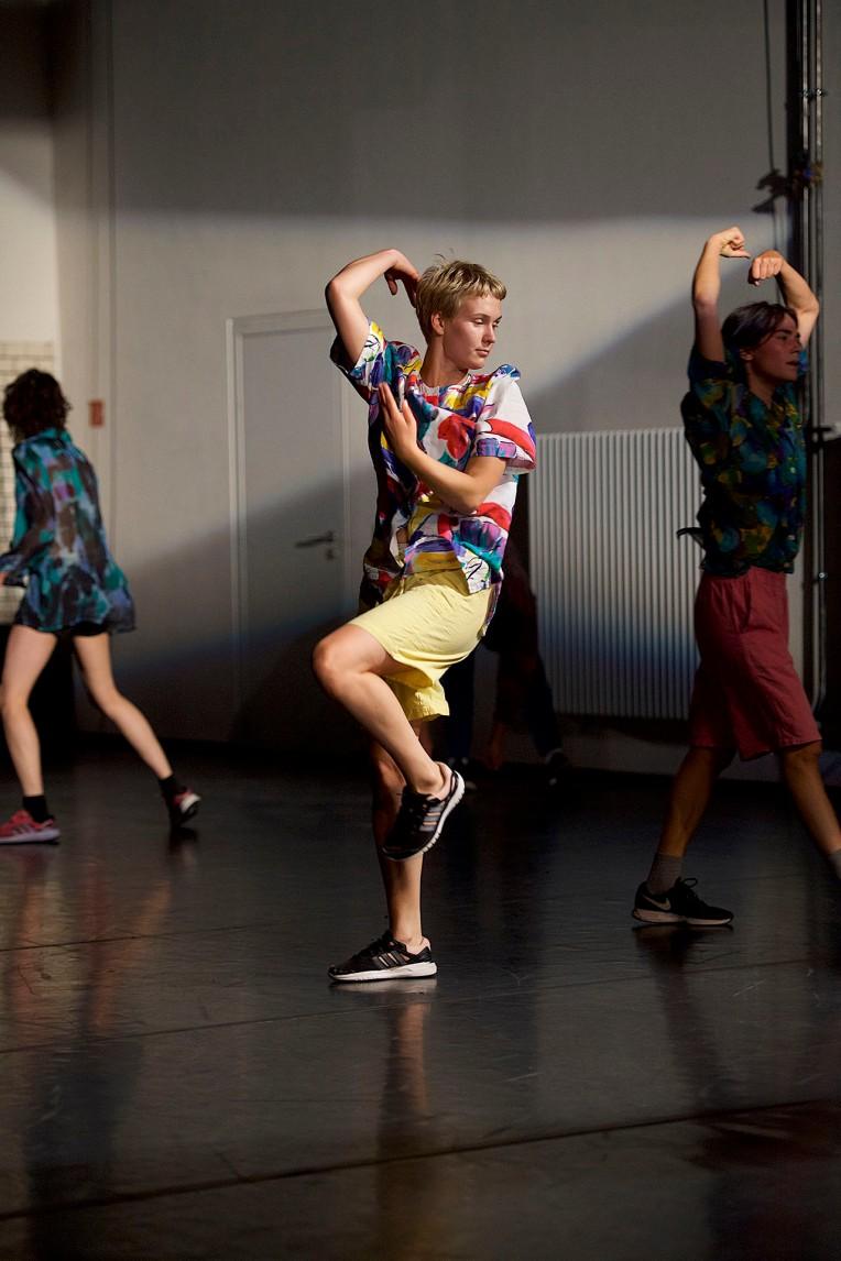 Open Spaces/Sommer Tanz 2018 , Dance : Sunayana  Shetty , Sigrid Savi & Forough Fami (v.l.n.r.)